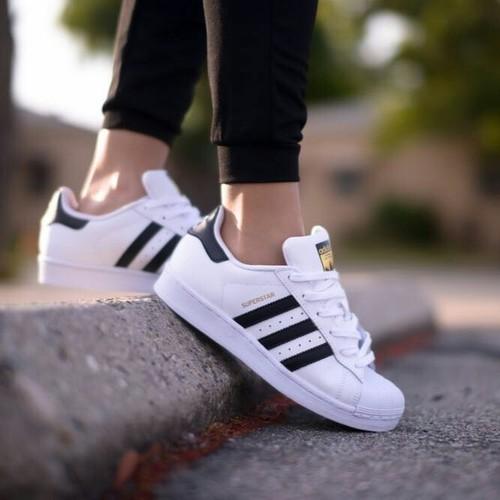 sneakers adidas white